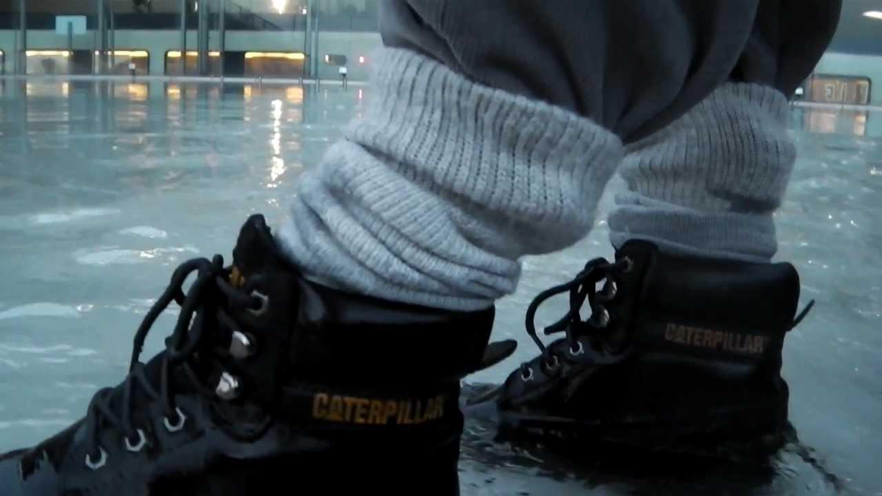 Public fountain - Black Caterpillar Colorado   thick grey socks ... 7aa8639e1e