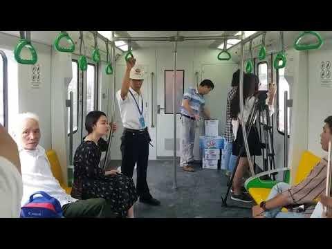 Inside Hanoi MRT - Không khí bên trong tàu điện trên cao Cát Linh - Hà Đông