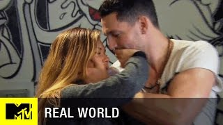 Real World: Go Big or Go Home | 'To Kiss, or Not to Kiss' Official Sneak Peek (Episode 10) | MTV