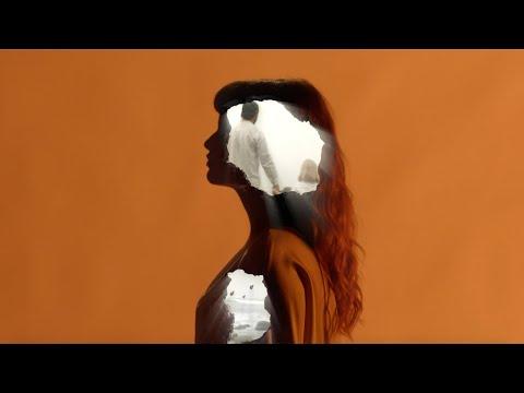 Смотреть клип Maejor, Sofía Reyes & Alonzo - Life