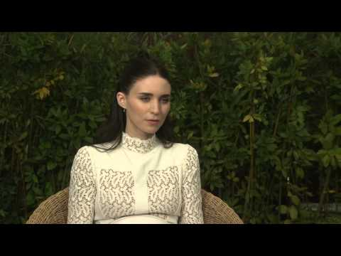 Carol: Rooney Mara Exclusive Interview - YouTube