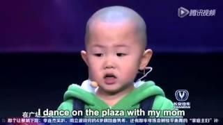 Bebê deixa jurados de cabelos em pé com