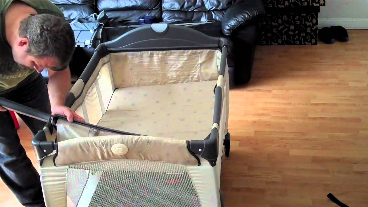 Travel Cot With Changer And Bassinet Lifehacked1st Com