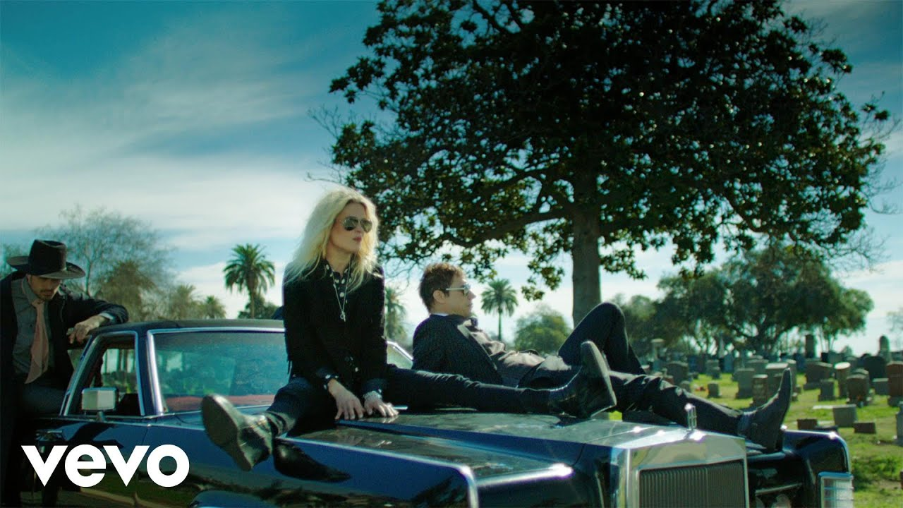 Download The Kills - Doing It To Death (Official Video)