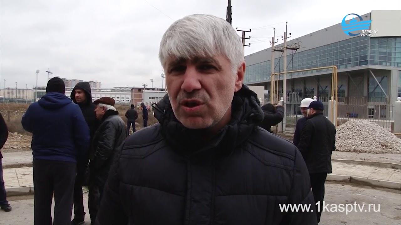 По инициативе главы Каспийска Магомеда Абдуллаева был проведен масштабный общегородской субботник, участие в котором приняло около 5 тысяч каспийчан