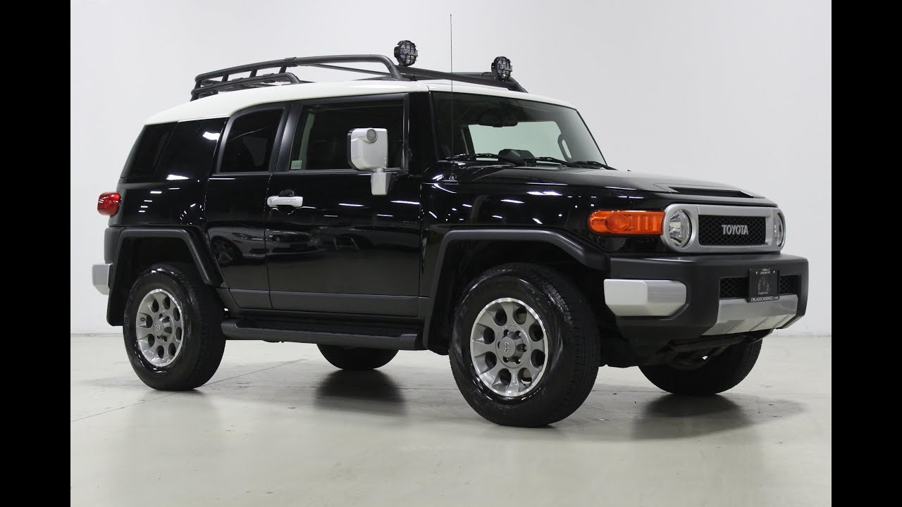 chicago cars direct presents a 2012 toyota fj cruiser 4wd 4x4 automatic in black over dark. Black Bedroom Furniture Sets. Home Design Ideas