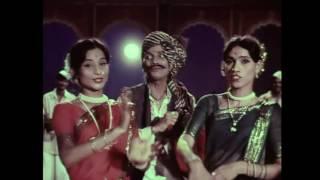 Aai [Mother] | Classic Marathi Movies Full | Usha Naik, Nilu Phule, Kuldeep Pawar