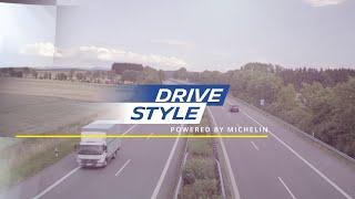 DriveStyle: Matthias Malmedie und Helge Thomsen mit einem Mercedes-AMG auf der Autobahn