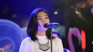 Isyana Sarasvati Keep Being You Hd 720p60 Live At Mall Central Park