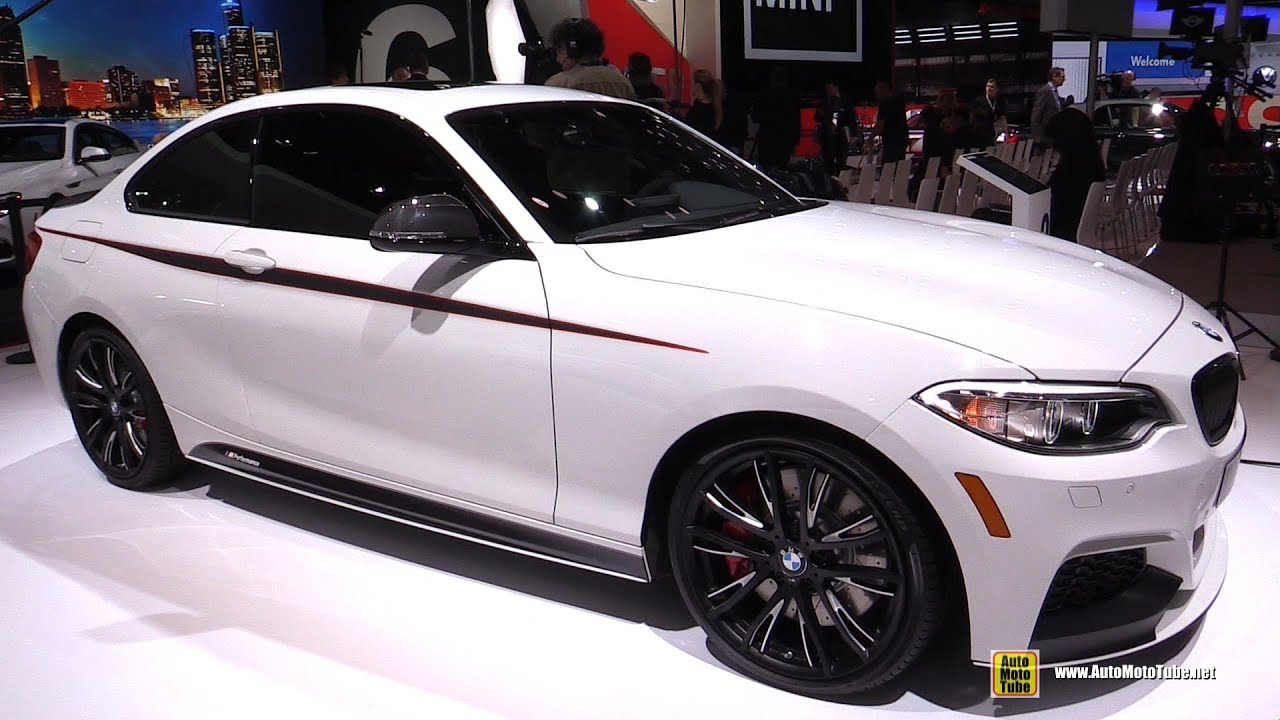 2015 bmw 2 series m235i coupe m performance exterior interior walkaround 2015 detroit auto. Black Bedroom Furniture Sets. Home Design Ideas