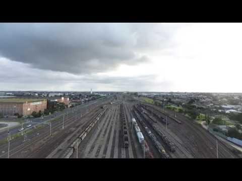 Tottenham Railway Yard, Melbourne, travelling west