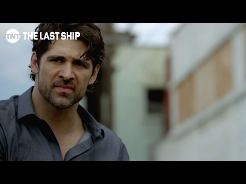 The Last Ship: Bren Foster Talks about Role as Wolf   Behind the Curtain   TNT