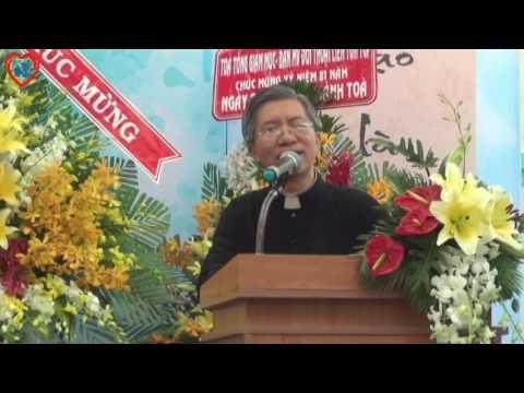 Linh mục P.X. Bảo Lộc phát biểu nhân dịp 81 năm thành lập Thánh tòa Vô Vi Huỳnh Quang Sắc