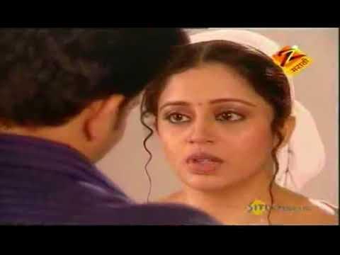 Neha Pendse Hot Kiss