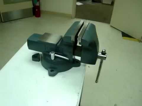 Wilton 21800 Machinist Bench Vise Test