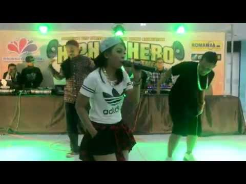 Lady Gan At Ponorogo, East Java (HIP HOP HERO)
