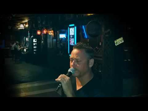 """Chris Rowley covers """"The Sky Is Crying"""" (Stevie Ray Vaughn)"""