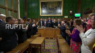 UK: Theresa May wins no confidence vote with majority of 83 MPs