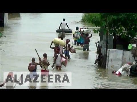 India's Mumbai paralysed by deadly floods