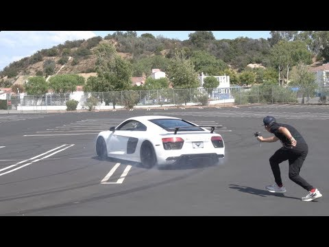 **HOW TO DO SUPERCAR DONUTS** AWD Audi R8 V10 Plus