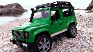 Джип Внедорожник Land Rover Defender: тест драйв(В этом видео про машины мы устроим тест-драйв джипу Land Rover Defender, но перед этим вместе распакуем его, проверим..., 2014-11-20T07:23:49.000Z)