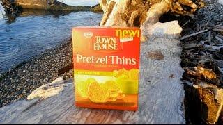 Keebler Town House Parmesan Herb Pretzel Thins Review