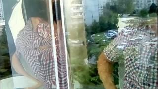 Установка солнцезащитной пленки на окно