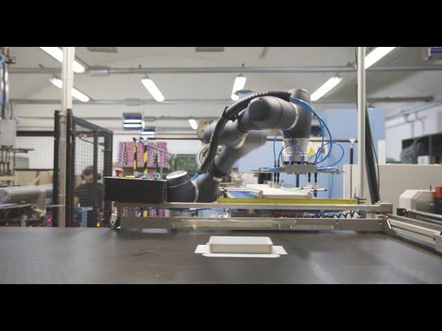 Pick & Place cobot Doosan Robotics A0509S - Cartotecnica Cambianese by HT Robotics