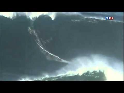 Download Garrett McNamara vague de 27 metres a Nazare