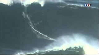 Garrett McNamara vague de 27 metres a Nazare