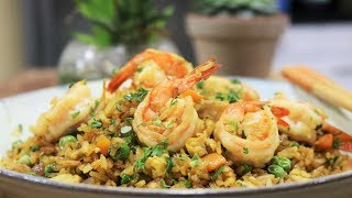 BETTER THAN TAKEOUT - Easy Shrimp Fried Rice [虾仁炒饭]