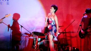 Mượn - Uyên Linh Unitour Đại học Hàng hải (24/04/2012)
