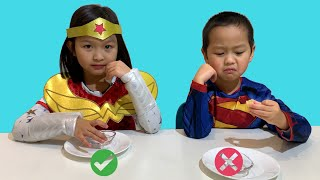 Don't make a FACE CHALLENGE ! Superman vs Wonderwoman