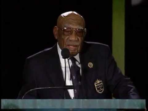 2004 Induction: Charlie Sifford, Presented by Gary Player