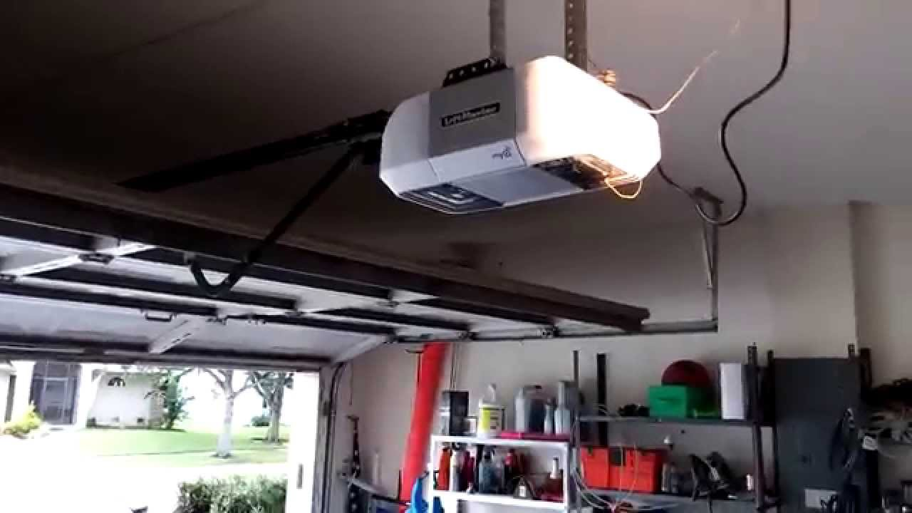 8355 Liftmaster Opener On The Overhead Door Youtube