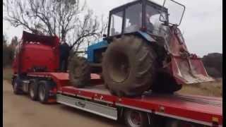 Перевозка тралом трактора(Перевозка тралом трактора., 2015-11-18T13:25:01.000Z)