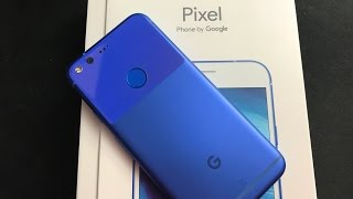 Unboxing: Google Pixel Really Blue