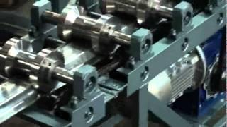 Станок СПО для шляпного профиля(Работа профилировочного станка для производства шляпного омега-профиля., 2011-09-09T10:34:54.000Z)