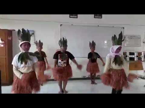 Gerak dan tari lagu apuse kelompok 3 sdn ngagel rejo V surabaya