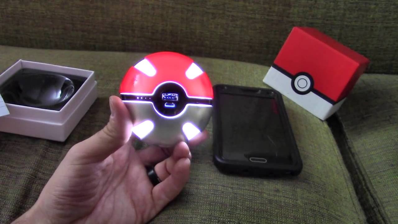 Pokemon Pokeball Portable Charger! Two Versions!