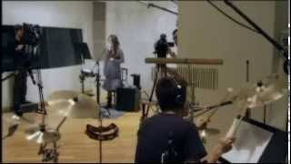 藤井フミヤのカバーです。 Hitomi Shimatani Japanese female singer Ja...