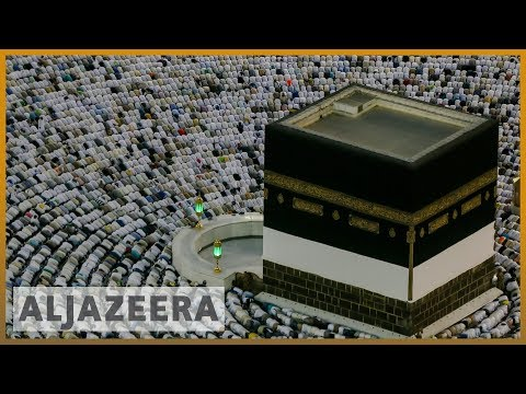 Experience the journey to Mecca in 360 degrees