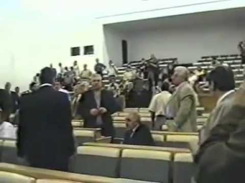 Армянский парламент 11.06.2002.год