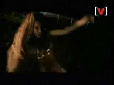 Shakira/Beyonce shaking their tambourine