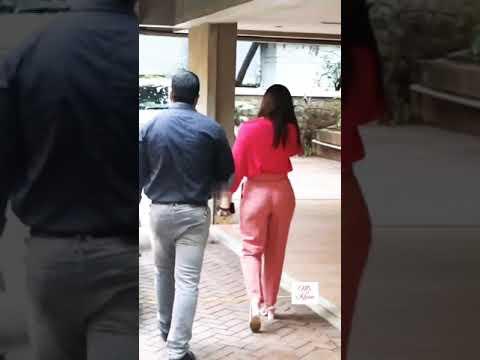 Download Kareena Kapoor In Pink Pant