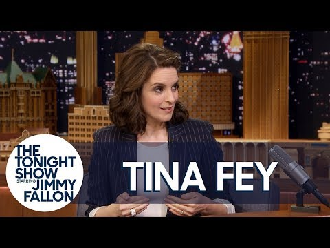 "Tina Fey Debuts Her Daughters' iMovie Film ""Butt Show"""