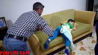 MİRAÇ'A ÇİŞ ŞAKASI YAPTIK ŞOOOK BAD FATHER  EĞLENCELİ VİDEO