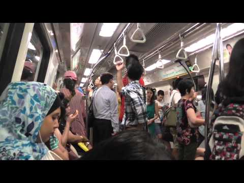 Learn How to Use the Easy Singapore MRT