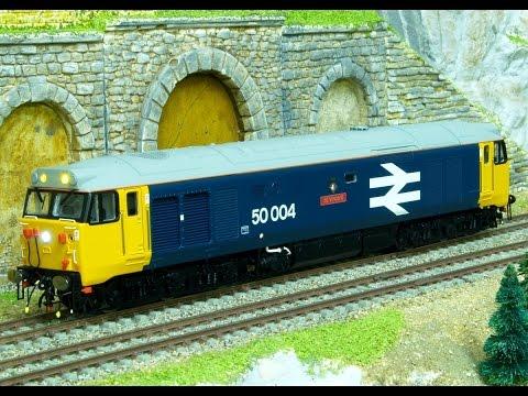 BB 67407 Channel Video No 98  My 2015 UK fleet at work (light engine édition)).