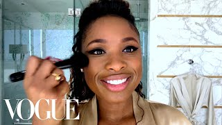Jennifer Hudson's Perfect Cat Eye 'Swoop' | Beauty Secrets | Vogue